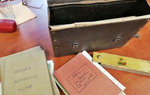 В польском Слупске нашли портфель гродненской школьницы, который переносит в конец 1930-х