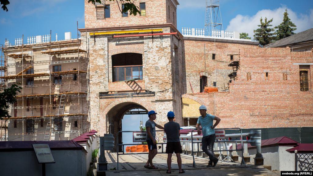 Новостройки в гродненском Старом замке. Фото