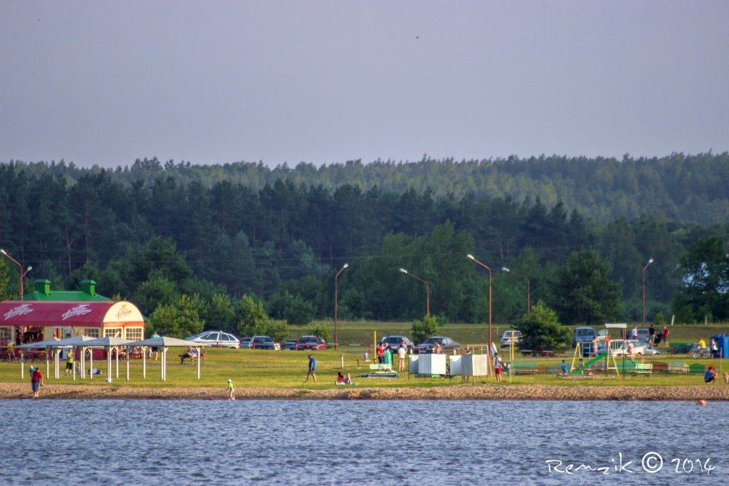 В Гродно запретили купаться на Юбилейном озере. Где можно?