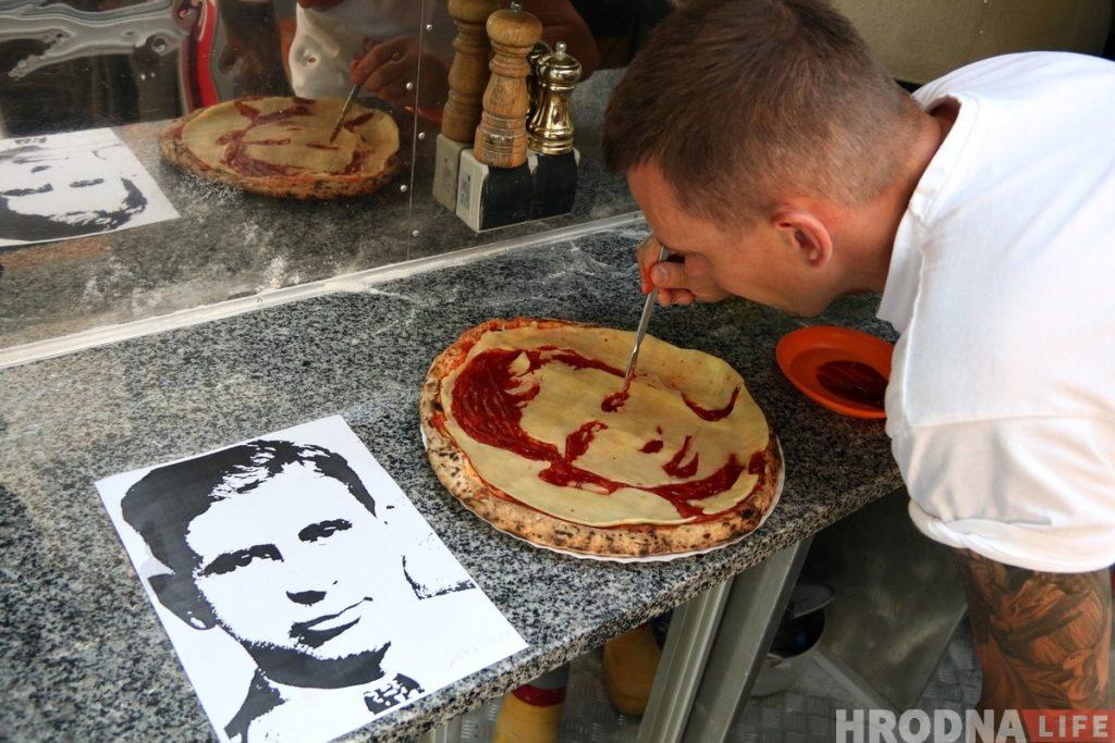 В гродненском Pizzatruck сделали пиццу с портретом гангстера Мейера Ланского