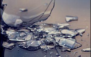 В Гродно мужчина разбил витрину с алкоголем, чтобы перестать пить