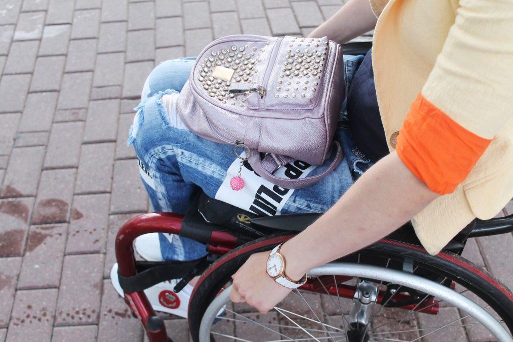 Спортивные объекты доступны, а город - нет. Офис по правам людей с инвалидностью презентовал итоги мониторинга доступности II Европейских игр