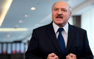 Лукашэнка запатрабаваў зрабіць зарплаты ў рэгіёнах «калі не годнымі, то ніштаватымі»