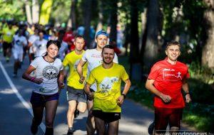 «Марафон не прощает авантюристов». Гродненские бегуны о подготовке к марафону дружбы «Гродно-Друскининкай»