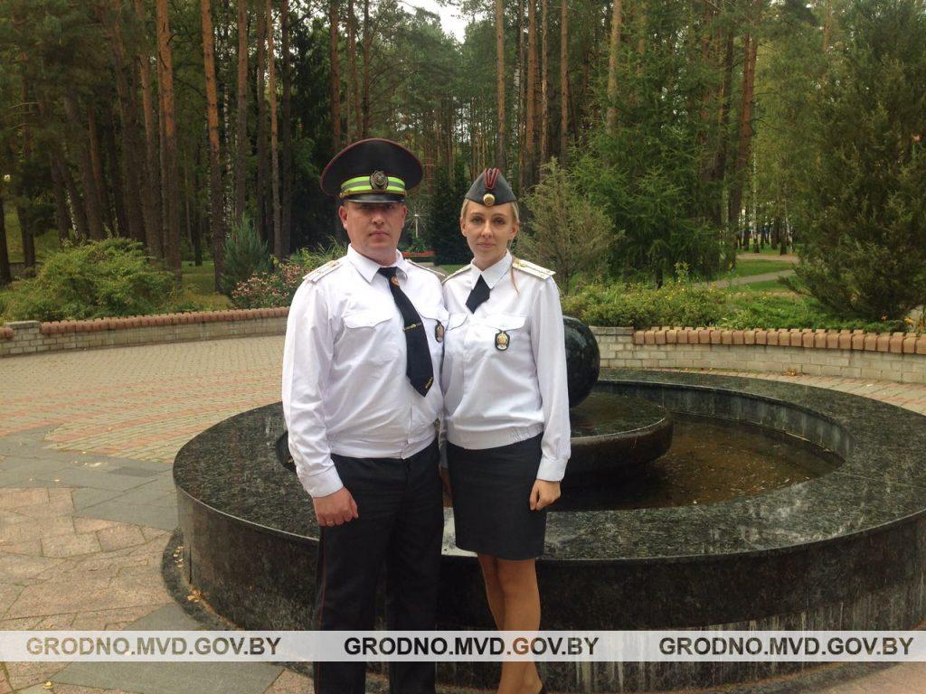 Семейная милицейская пара возвращалась домой и задержала пьяных угонщиков