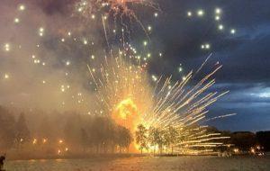 На салюце ў Мінску залпы выбухнулі ля зямлі. Загінула жанчына, 10 гледачоў пацярпелі