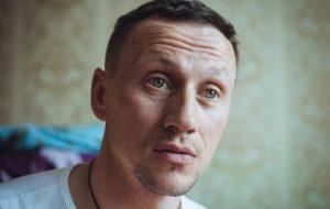 Как Стас из Гродно спасает людей, выходящих из тюрьмы