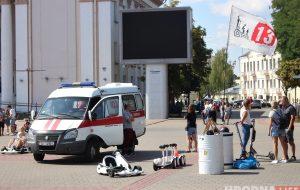 Фотофакт: очередная травма на Советской площади из-за электрокарта