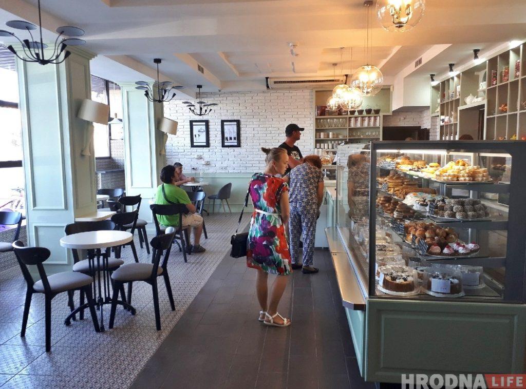 """Фотофакт: в """"Батории"""" открылся обновленный кафетерий"""