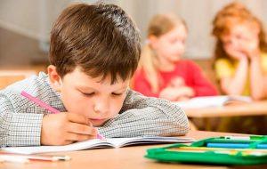 """""""Я очень хочу себе розовый портфель…"""" Как помочь детям-сиротам собраться в школу"""