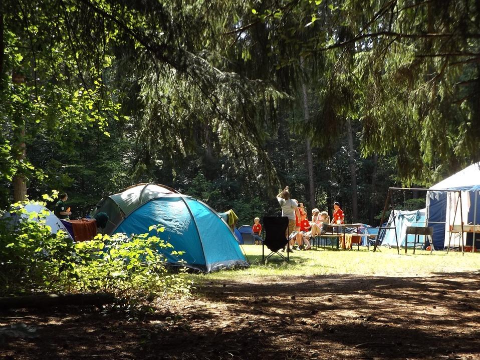 """На Гродненщине """"удешевляли"""" путевки в палаточные лагеря детям, которых не было"""