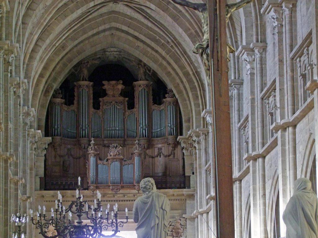 Вивальди и Бах от чешского посольства: в Фарном костеле в Гродно состоится концерт