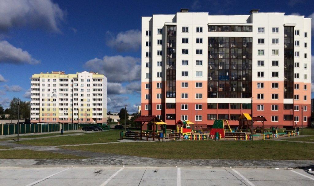 Первые гипермаркеты, реконструкция Советской, новый стадион и борьба с озеленением: как застраивался Гродно