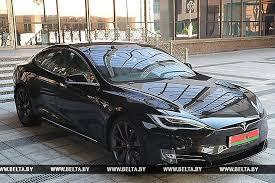 Илон Маск высказался о подаренном Лукашенко Tesla