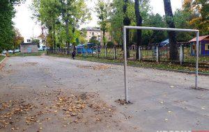 парковки на детской площадке, парковка