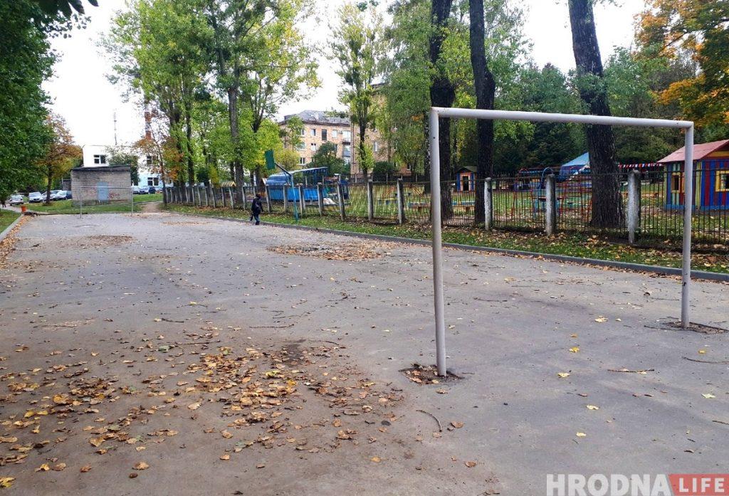 На Гагарина на месте спортивной площадки появится парковка для автомобилей