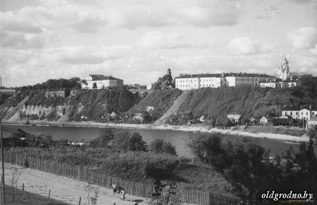 Панарама на набярэжную Гродна і Стары замак, 1930-я