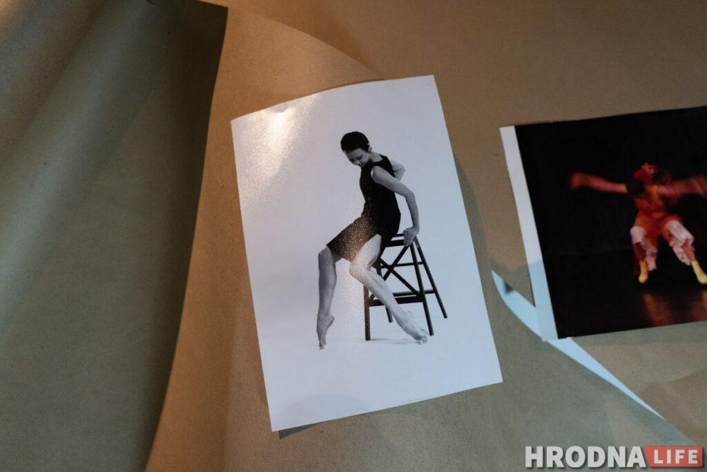 Драмтэатр забараніў юбілейную выставу танцораў. Вікторыя Бальцар прэзентавала яе ў Цэнтры гарадскога жыцця
